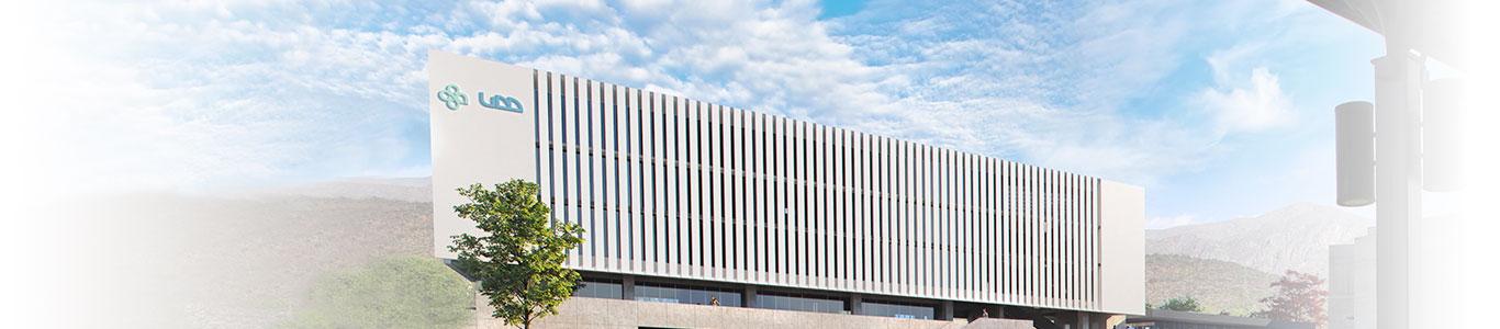 Edificio de falcultad de medicina en Universidad del Desarrollo