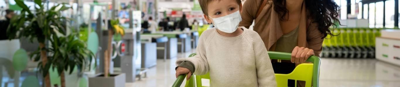 Cuidado de niños en supermercados y centros comerciales