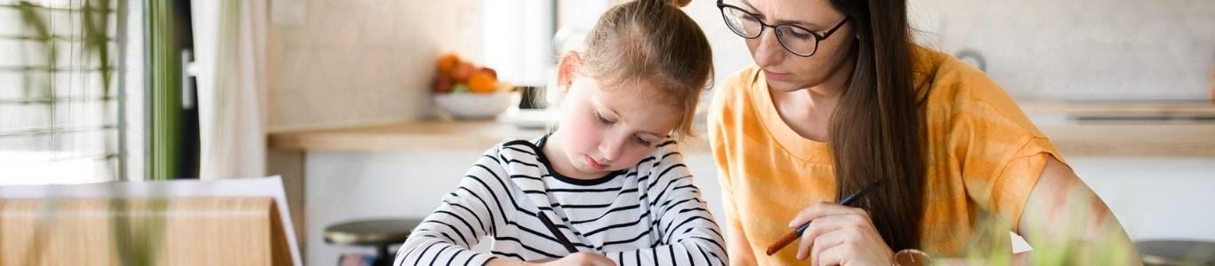 Cierre de año escolar virtual: 5 tips para apoyar a tus hijos