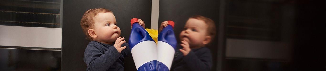 Intoxicaciones por productos químicos: ¿Qué hacer si le ocurre a mi hijo?