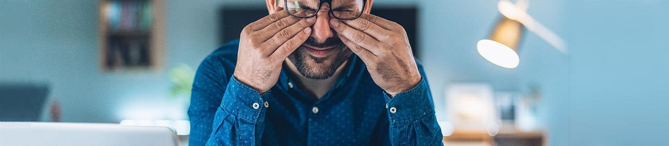Cómo evitar los dolores posturales del teletrabajo