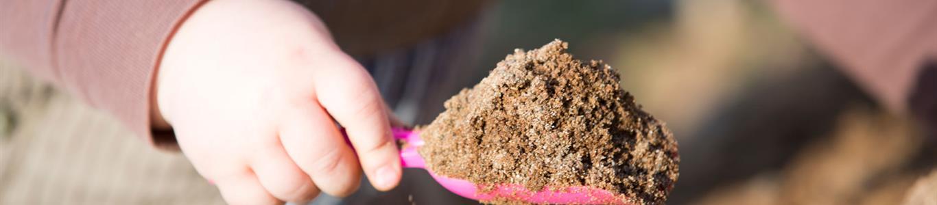Niños que comen tierra o arena: Qué hacer?