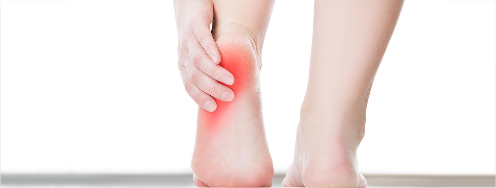 dolor fuerte en el talon al andar