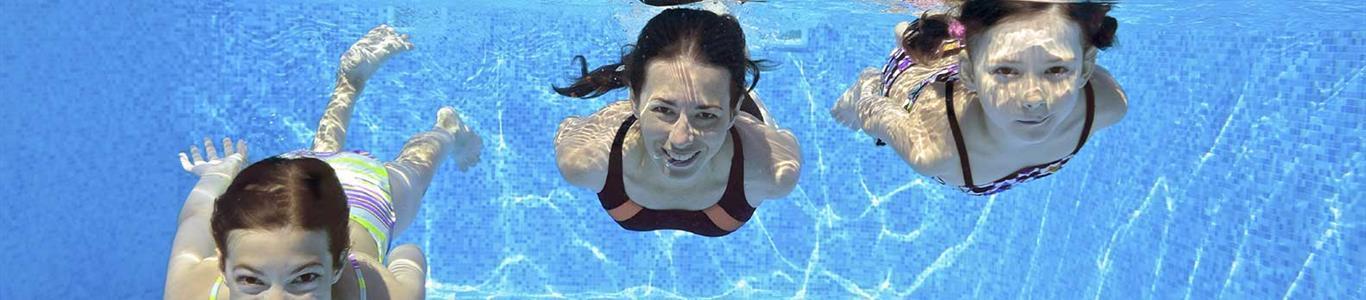 Niños: consejos para evitar accidentes en piscinas