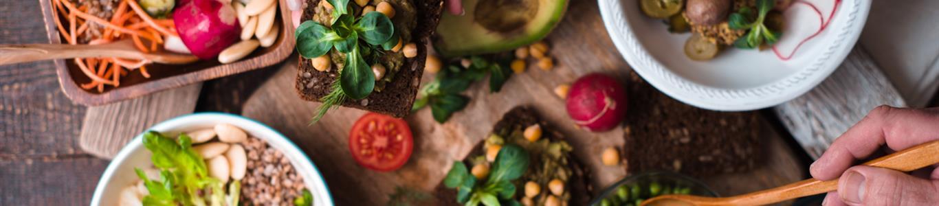 Veganos: cómo lograr una dieta equilibrada