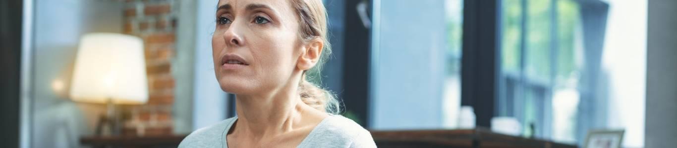 La mujer en edad de climaterio: ¿Cuándo partir con terapia hormonal?