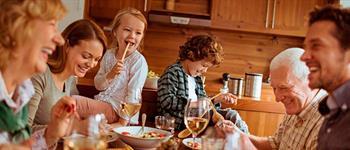 beneficios-de-comer-en-familia-para-una-salud-mental-assa